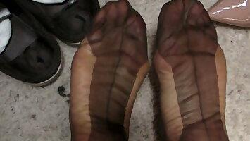FF stocking feet and cum